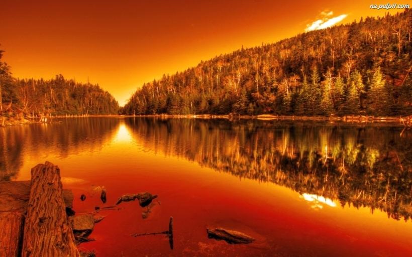 jezioro-pomaranczowy-zachod-slonca
